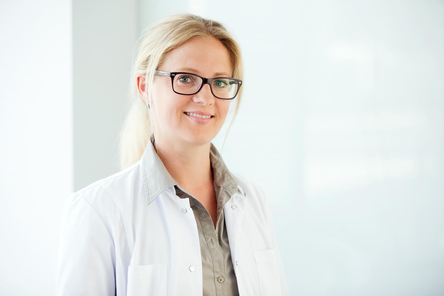 Dr. Christina Adamczy