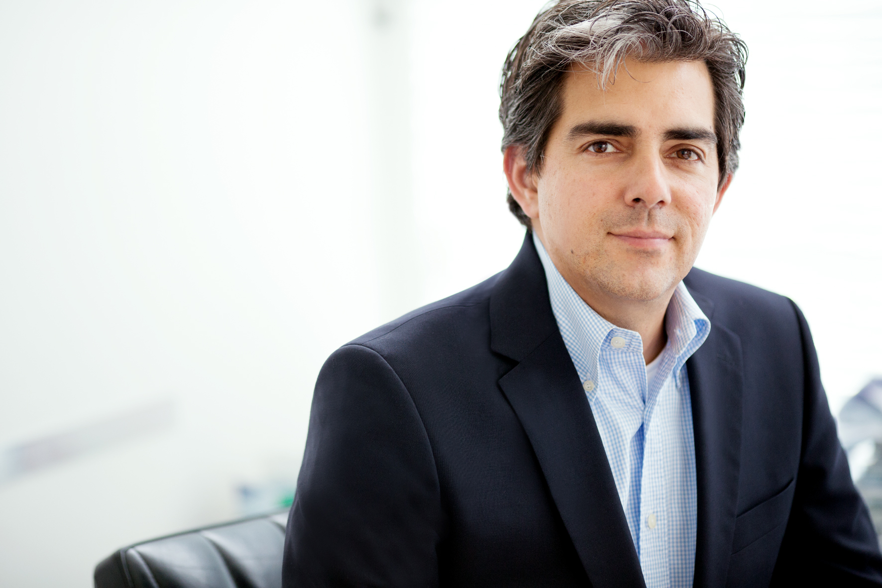 Dr. Oliver Abbushi